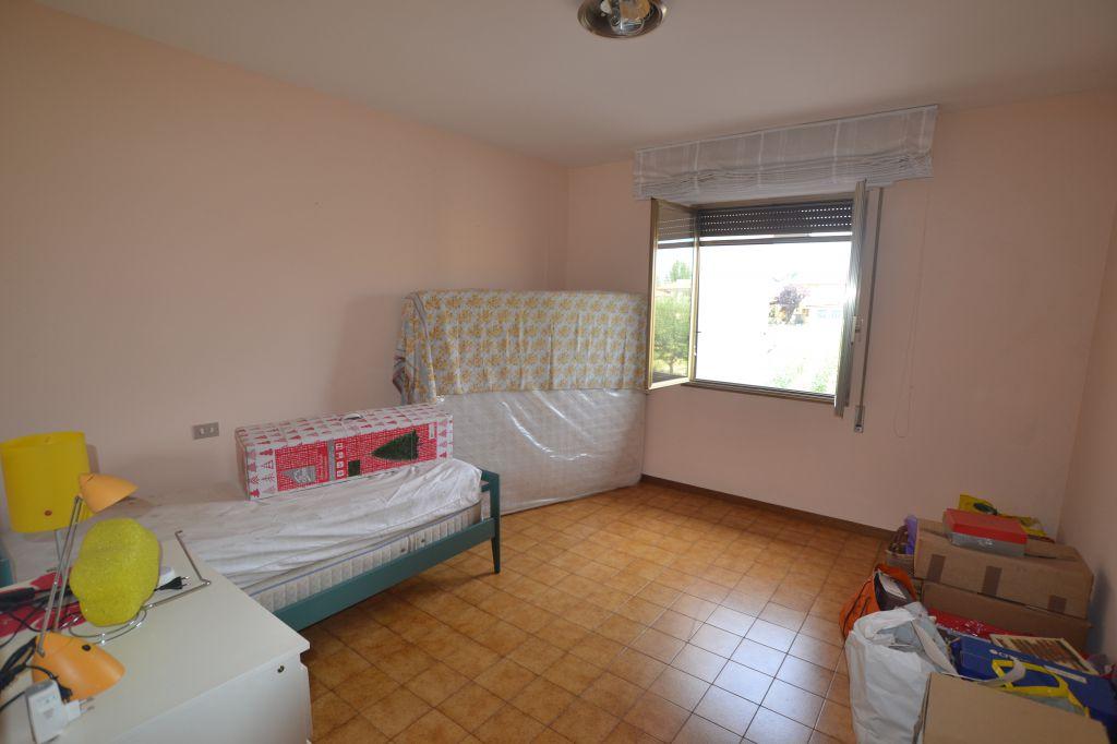 Appartamento CHIESINA UZZANESE 3053