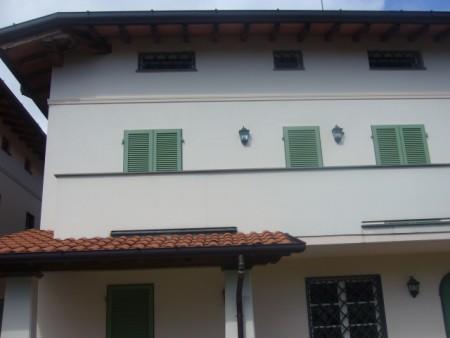 Villa a schiera MONTIGNOSO S/87