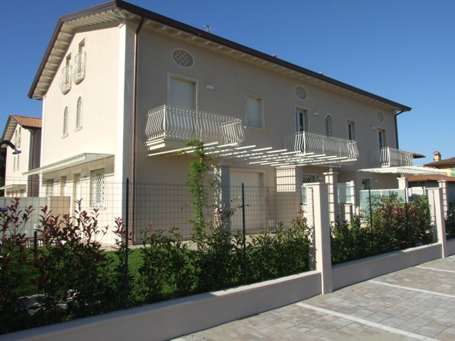 Villa a schiera in Vendita MASSA