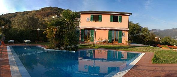 Villa singola in Vendita RAPALLO