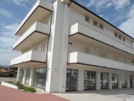 Locale Commerciale in Vendita MASSA
