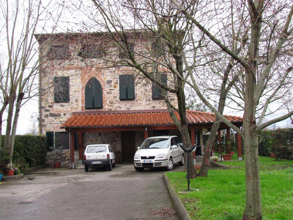 Rustico/Casale/Corte in Vendita CAPANNORI