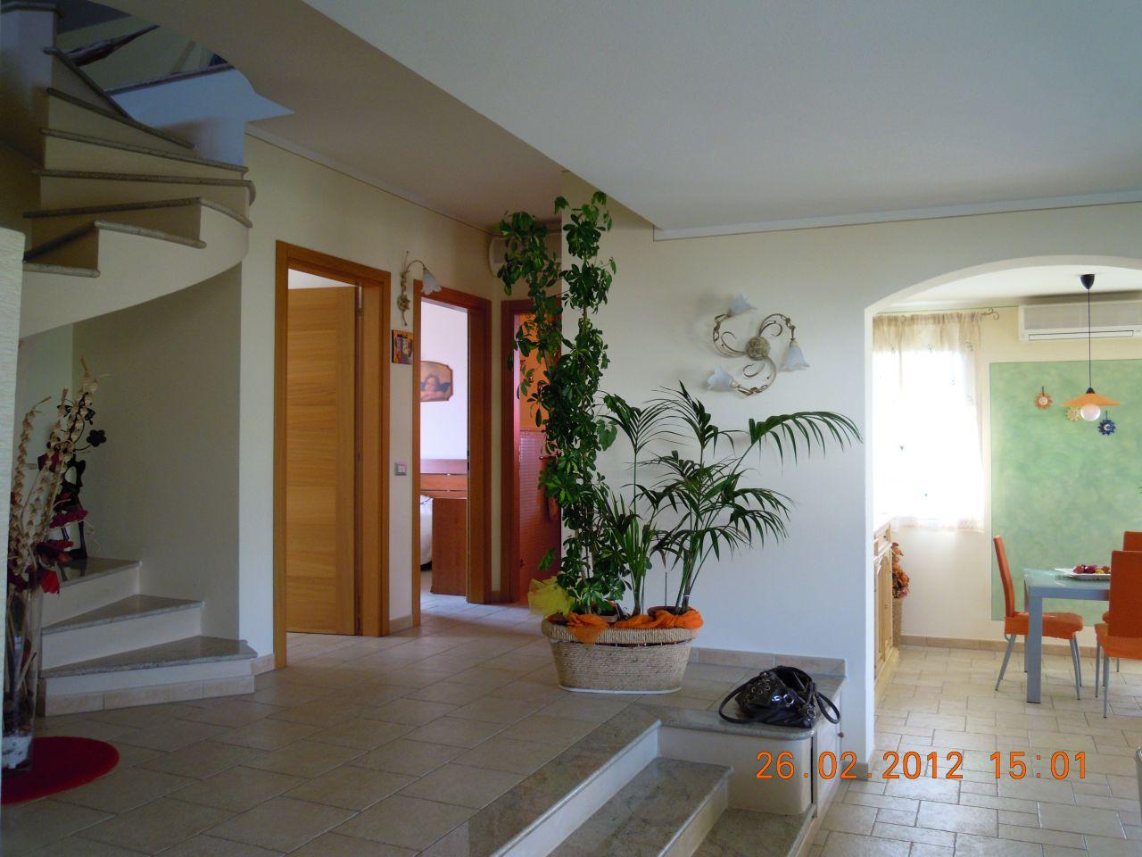 Villa singola PORCARI 01742