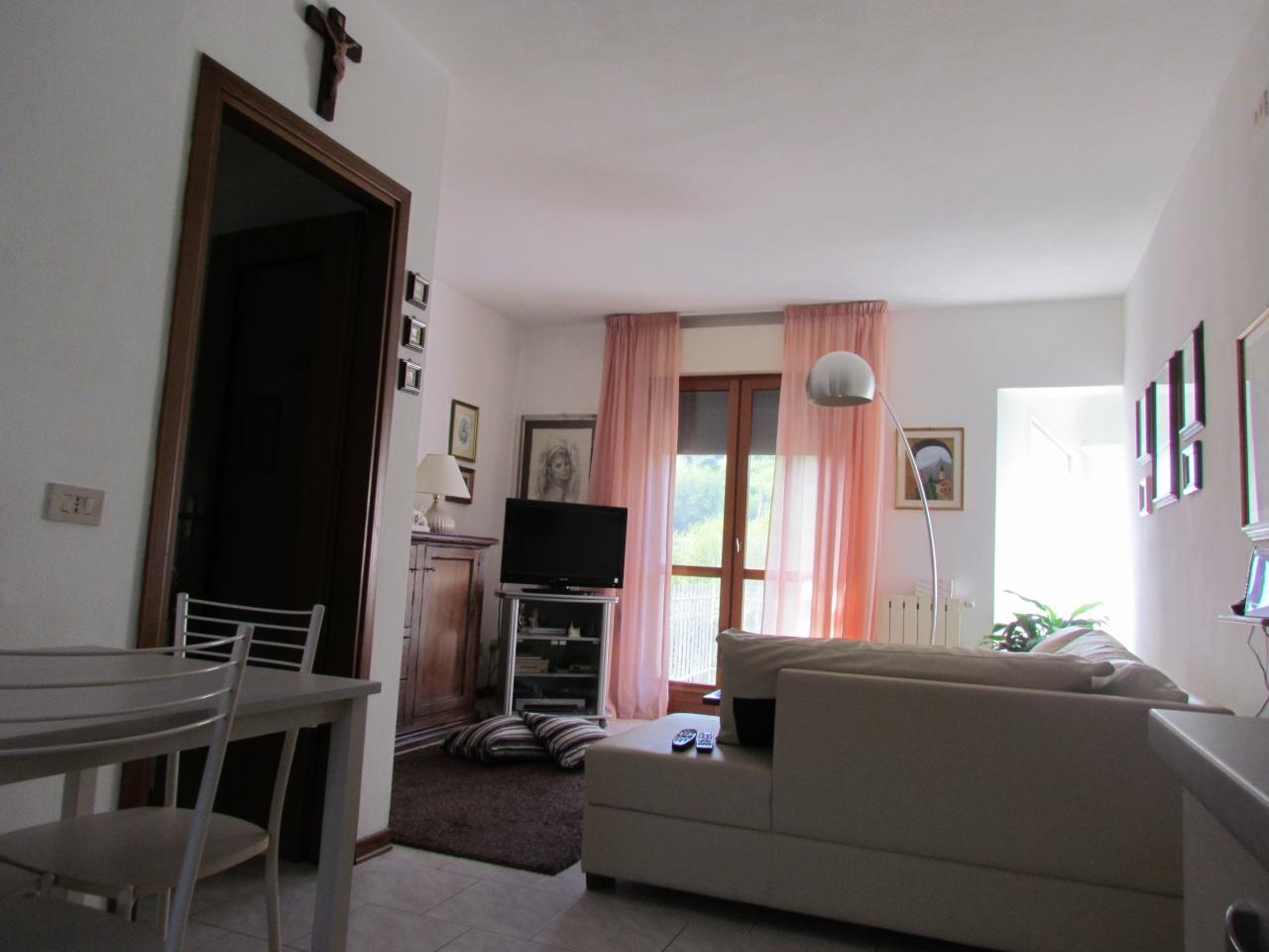 Appartamento PESCAGLIA 01942
