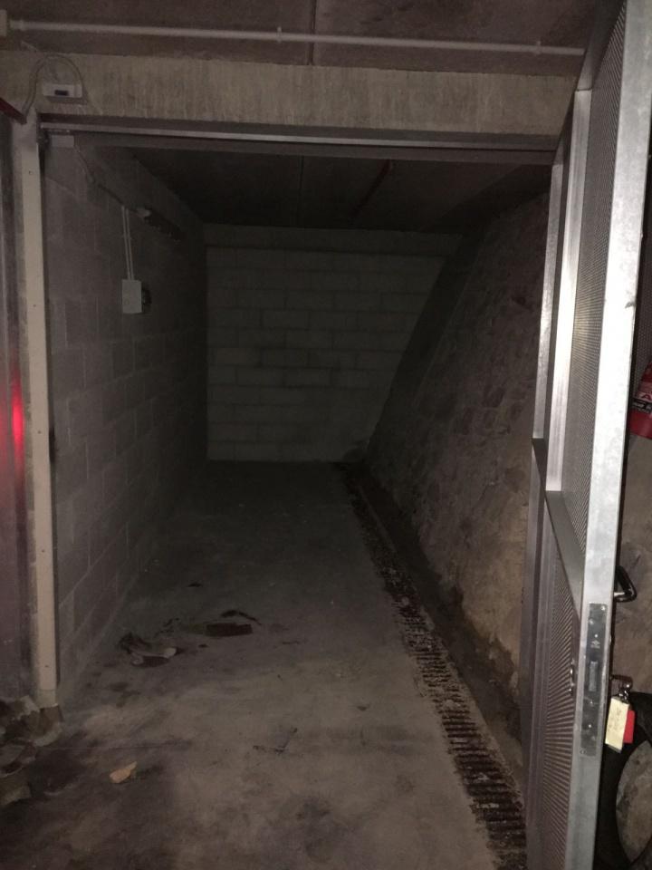 Vendita Box/Posto auto GENOVA