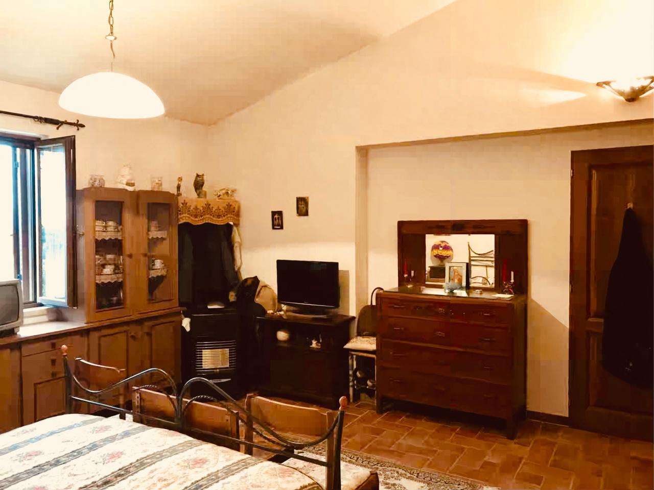 Rustico/Casale/Corte MANCIANO FLORIA900