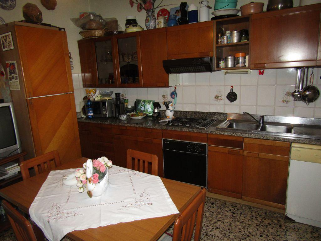 Casa Indipendente SERAVEZZA 1012