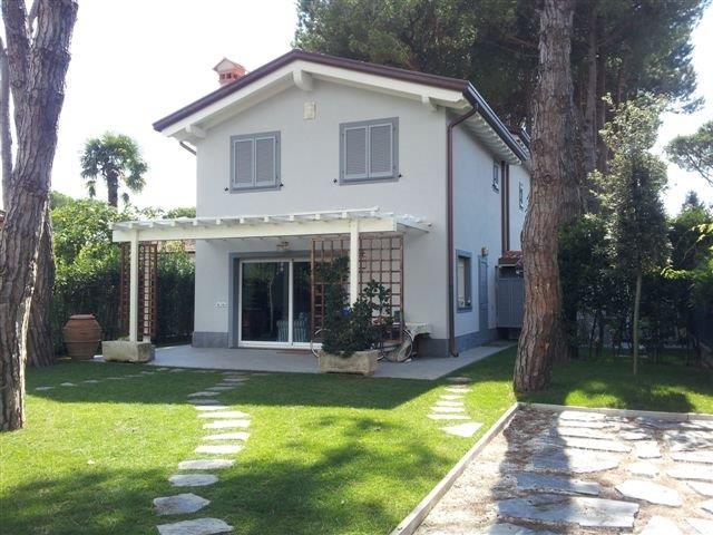 Villa o villino in Affitto FORTE DEI MARMI