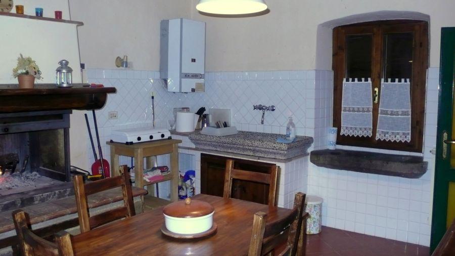 Casa Indipendente LORO CIUFFENNA 764