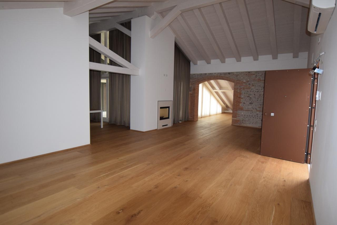 Stabile/Palazzo TREVIGNANO PL67A