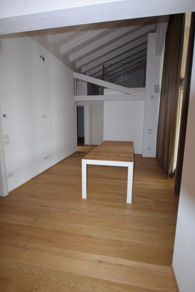 Stabile/Palazzo TREVIGNANO PL67B