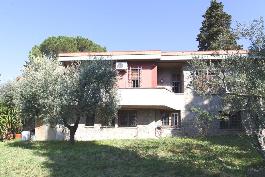 Villa singola in Vendita FIRENZE