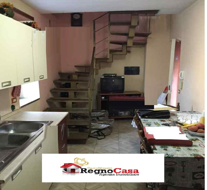 Appartamento LUSCIANO VIA GENOVESI RIF. 30
