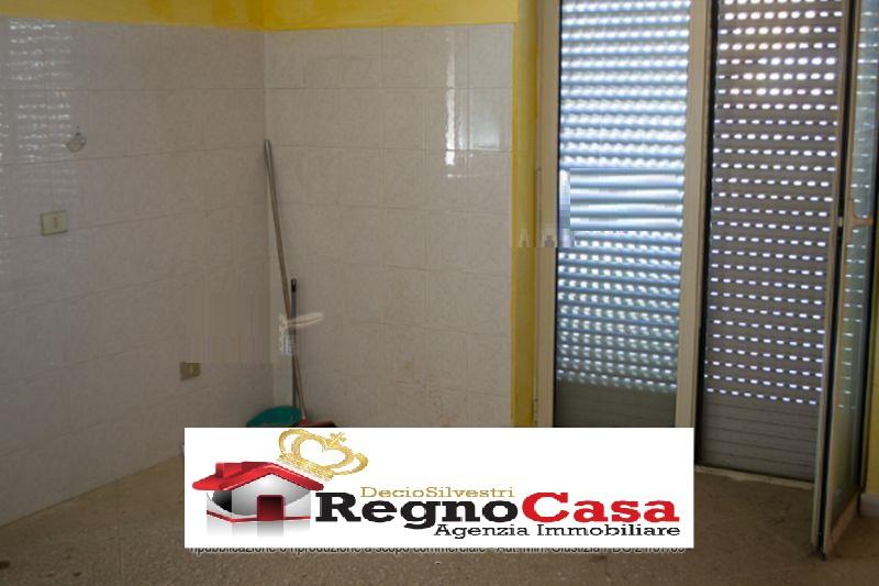 Appartamento MONDRAGONE 2778156 VIA PESARO