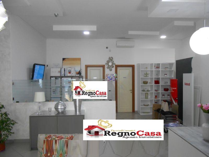 Locale Commerciale MONDRAGONE 1462147 VIA DOMITIAN
