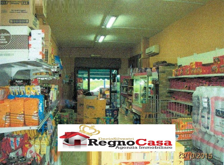 Locale Commerciale in Vendita MELITO DI NAPOLI