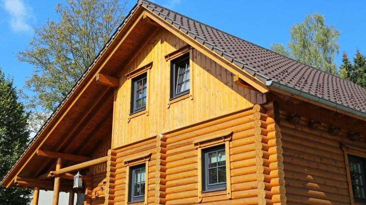Casa in Legno con Sistema Blockhaus
