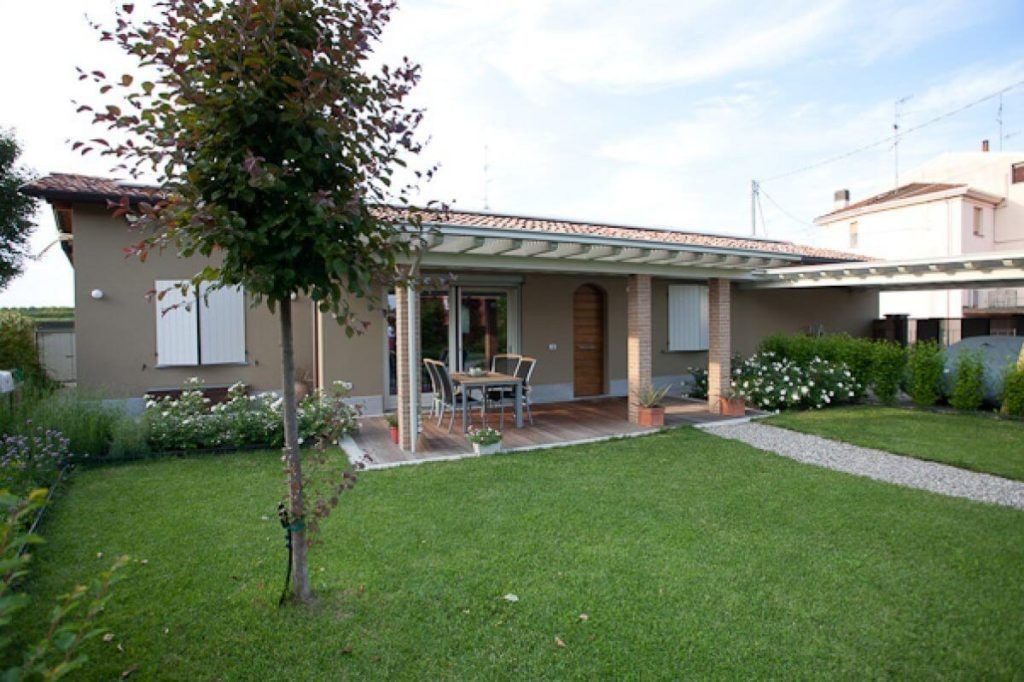Le 10 case prefabbricate pi cercate su immobilgreen - Case moderne ad un piano ...