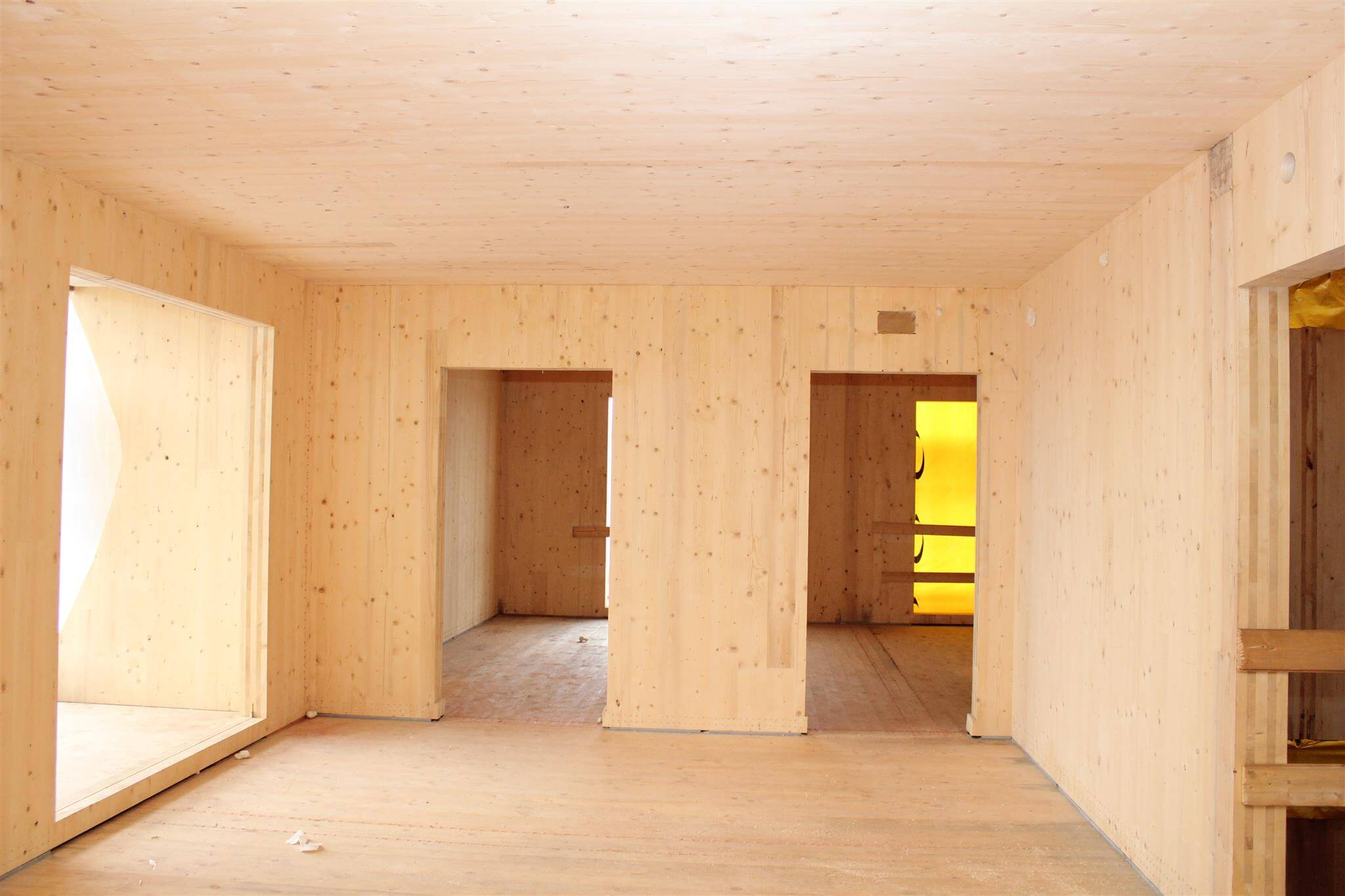 Sistema x lam casa in legno prefabbricata immobilgreen for Case in legno xlam